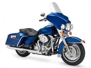 2009 Harley-Davidson Electra Glide Standard - Front Right