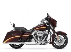 2010 Harley-Davidson FLHXSE CVO™ Street Glide®