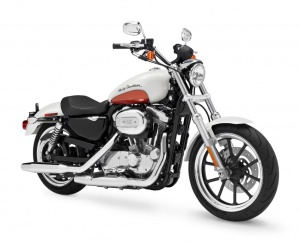 2011 H-D SUPERLOW™ - 3/4 View
