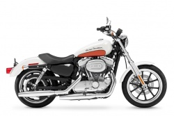 2011 H-D SUPERLOW™ - Right Side