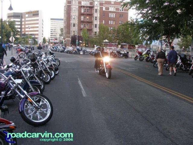 Dusk in Reno - heading into downtown (II)