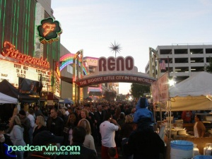 Dusk in Reno - heading into downtown (VII)