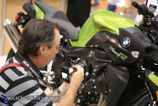 Close-up: Dwight prepares for a macro shot on a BMW K1200R at the 2007 Cycle World International Motorcycle Show in San Mateo.