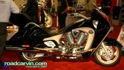 2007 Cycle World IMS - 2008 Victory Vision Street - Side