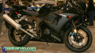 2008 Yamaha YZF-R6s Raven: The Raven paint scheme looks great on this 2008 Yamaha YZF-R6s.