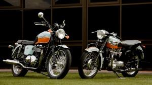 2009 Triumph T100 Bonneville 50th Anniversary - 2009 & 1959 Bonneville