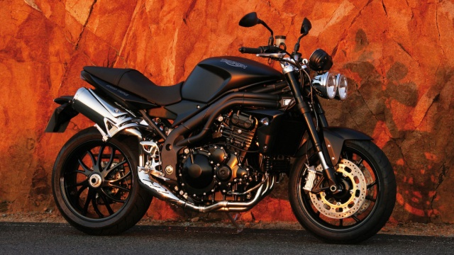 2009 Triumph Speed Triple - Matt Black