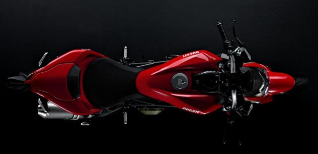 2010 Ducati Streetfighter - Top