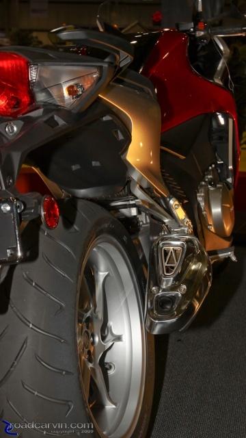 2010 Honda VFR1200 - Exhaust