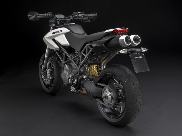 2010 Ducati Hypermotard  796 - 3/4 Left Rear