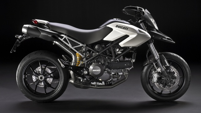 2010 Ducati Hypermotard  796 - Right Side