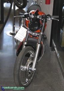 Harley-Davidson V-Rod VRXSE - front