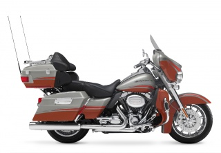 2009 Harley-Davidson - FLHTCUSE CVO Ultra Classic Electra Glide: 2009 Harley-Davidson FLHTCUSE CVO Ultra Classic Electra Glide in Autumn Haze and High Octane Orange with Forge-tone graphics.