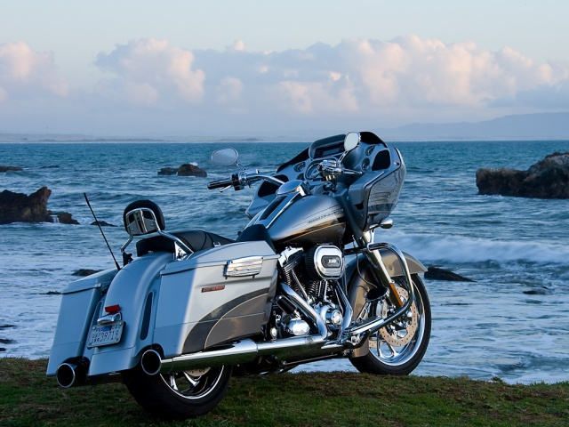 harley davidson on the beach