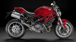 2009 Ducati Monster 1100 - Right Side