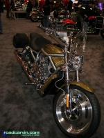 2007 Harley-Davidson VROD: The VROD looks really nice in the new Olive Pearl and Black color scheme.
