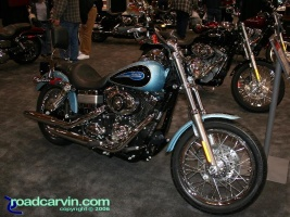 2007 Harley-Davidson Dyna Low Rider Side: The Suede Blue Pearl and Vivid Black looks great on this Dyna Low Rider.