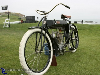 1908 Curtiss: 1908 Curtiss powered by a single 50cc engine.