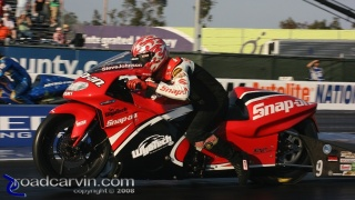 Steve Johnson: Launching his Snap-on Tools/Wyotech Suzuki.