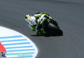2007 Red Bull U.S. Grand Prix MotoGP - Valentino Rossi (II): Looking good exiting turn 9 in practice.