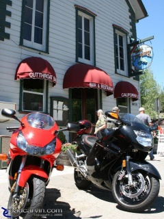 Wolf Creek Restaurant & Bar: We stopped in Markleeville for lunch at the Wolf Creek Restaurant and Bar. The food was satisfying and service was fast ,