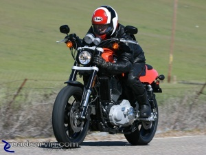 Flat Track Style: 2009 Harley-Davidson Sportster XR1200 - Dwight couldn't resist trying to emulate Chris Carr