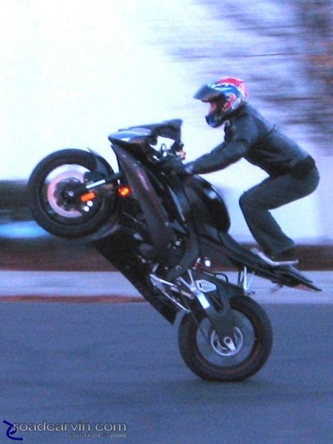 Raven R6 Yamaha Wheelie
