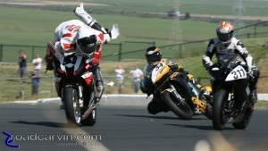 Ben Thompson's crash at the start of Race #1.