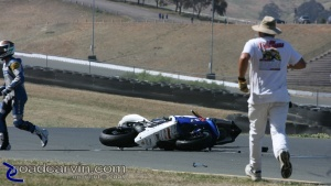 Unfortunately, Sahar Zvik crashed his Yamaha YZF-R6 into Ben Thompson's Aprilia RSV100R.